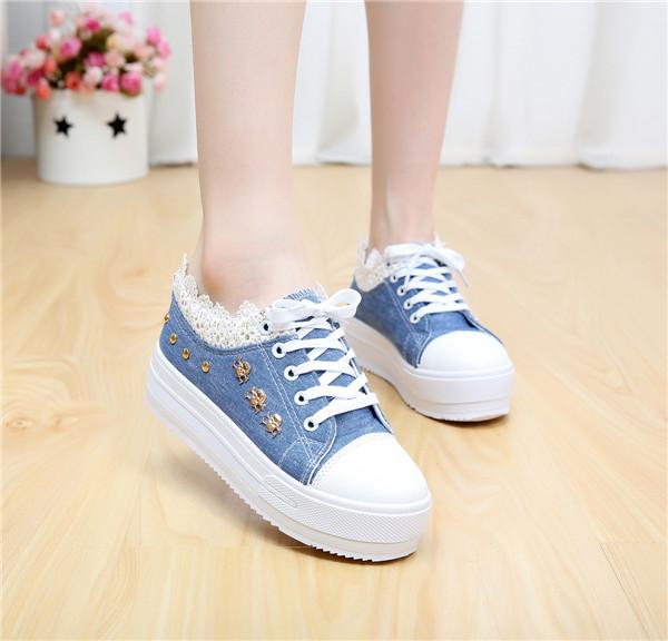 Женские кеды Корейская версия женщин обувь на толстой подошве холст в лето отлива помог связать платформа клинья студентов увеличение досуг обувь