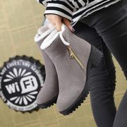冬季加绒加厚底雪地靴棉鞋短靴女鞋平跟学生短筒马丁靴女靴子中跟