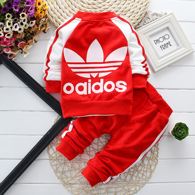 1-2-3-year-old boy, a three-piece suit children Spring 2015 Korean version of children's baby clothes out of cotton sports