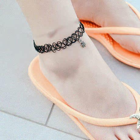 韩国代购黑色性感弹力塑料蕾丝宽脚链小花十字架光珠吊坠装饰脚链