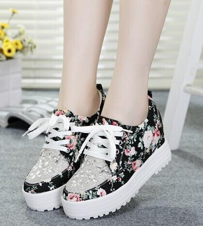 Floral Spring 2014 new shoes with higher contrast color flat flat low shoes casual shoes Korean version of retro wave