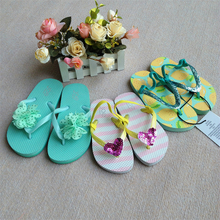 Foreign trade in Europe and the former single multi-brand imported PVC cartoon clip toe holding with girls sandals flip-flops