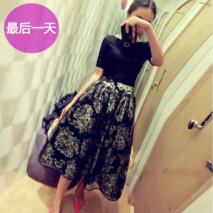 2015 summer new European and American retro word shoulder organza flowers Puff waist dress female piece fitted