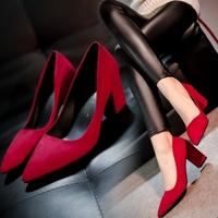 春秋新款尖头红色婚鞋欧美浅口绒面粗跟单鞋黑色职业工作鞋女鞋