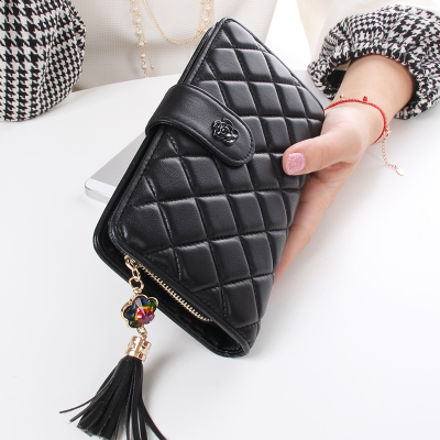 2014 autumn and winter new European small fragrant wind Quilted Wallet soft sheepskin leather buckle women wallet card