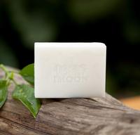 依茉牛奶手工皂纯天然植物精油美白去黑头洁面皂补水祛痘洗脸皂