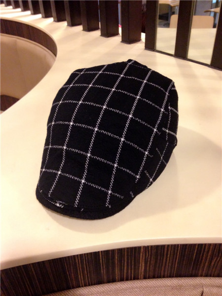 Miss Han Ban the fall and winter fashion wild bud cap hat men's plaid cap beret large influx of