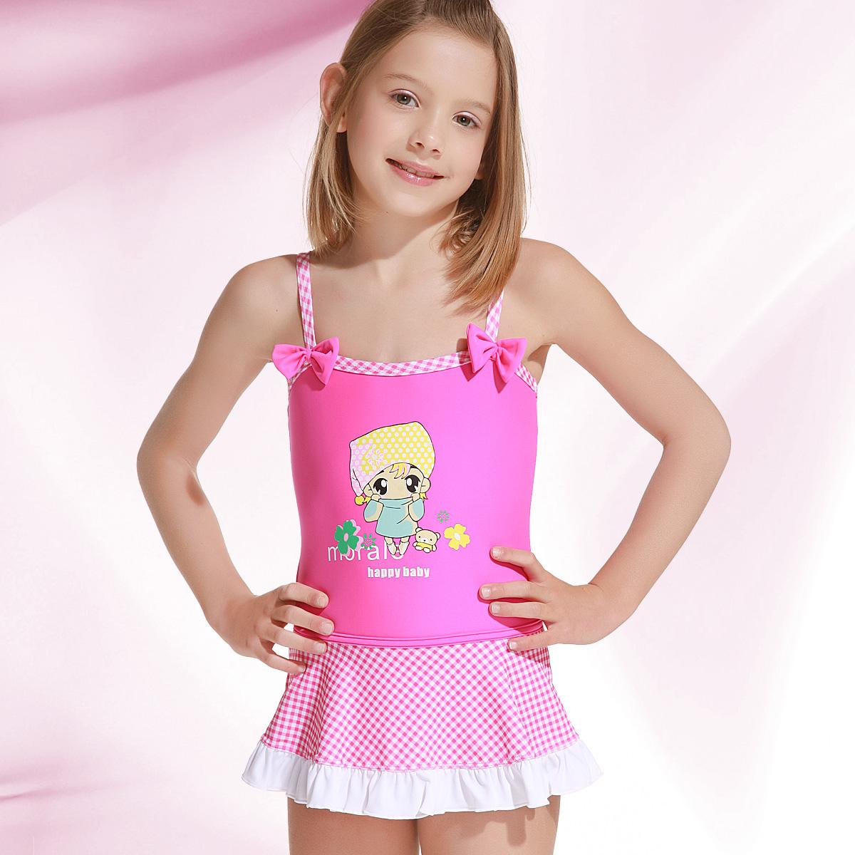 Little girls in skirts Photo 6